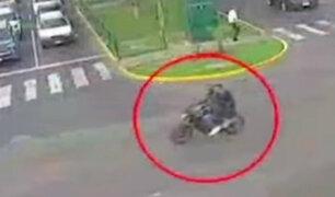 Surco: reacciones ante la propuesta de prohibir a dos varones viajar en motocicleta