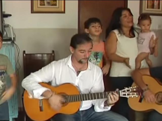 Familia de tenor peruano cantará al Papa Francisco en la Nunciatura Apostólica
