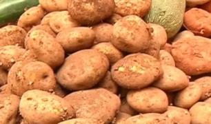 Comerciantes empiezan a subir precio de la papa en mercados de lima