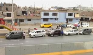 Informalidad en las pistas: buses y colectivos se apoderan de la Panamericana Sur