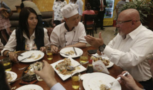 """Ministro Bruce visitó chifa """"Asia"""" y se solidarizó con los dueños"""