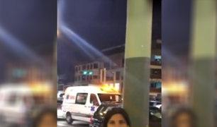 EXCLUSIVO: policía de tránsito da paso a comitiva y no a ambulancia