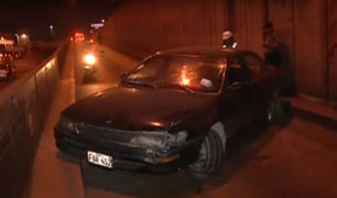 Cercado de Lima: auto se despista en avenida Alfonso Ugarte