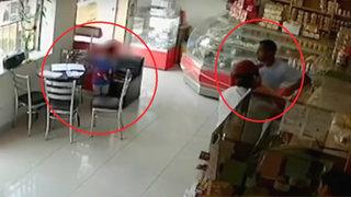 Mirones Bajo: obligan a niño a robar celular de una panadería