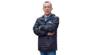 Daniel Peredo: gran número de arreglos florales llegan al velatorio del periodista deportivo