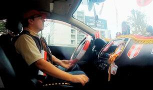 Así fue el día en que Daniel Peredo se convirtió en taxista por la 'Blanquirroja'