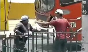 Venezolano amenaza con cuchillo a distribuidor de bebidas al que había robado
