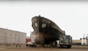 Ventanilla: buques abandonados en plena calle son un serio peligro para vecinos