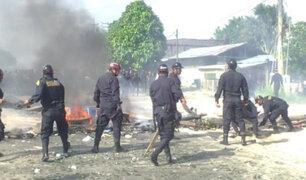 Iquitos: se registró violento enfrentamiento entre invasores y la policía