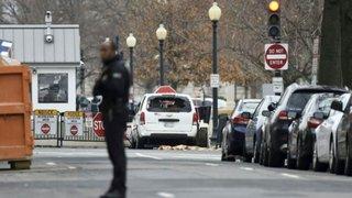 EEUU: auto se estrella contra barrera de seguridad de la Casa Blanca