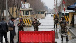 Afganistán: dos muertos y seis heridos deja ataque suicida en zona diplomática