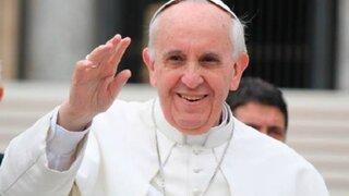 Papa Francisco: Rezo para que el Señor le conserve al Perú tanta fe