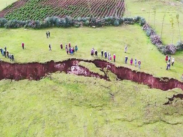 Cusco: deslizamiento de tierra atemoriza a pobladores en Chumbivilcas