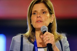 Referéndum: Vicepresidenta Mercedes Aráoz votó en colegio de Miraflores