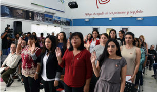 Veinte mujeres extranjeras se nacionalizan peruanas en víspera del día de la mujer
