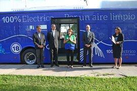 Ministra Galarza presentó primer bus eléctrico de transporte público