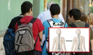 De regreso al colegio: mal uso de las mochilas podría causar males en la salud