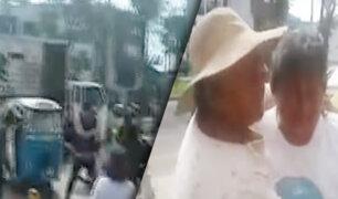 Ate: fiscalizadores desalojan violentamente a comerciantes en la puerta de un colegio