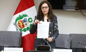 Comisión Lava Jato entregó informe final a la Oficialía Mayor del Congreso