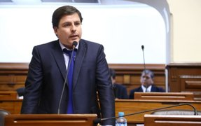 Acción Popular esperará descargos de PPK para decidir sobre la vacancia