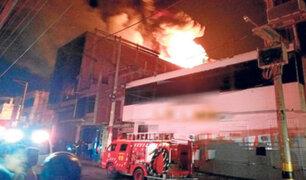 Tumbes: incendio en edificio Aguas Verdes se habría producido por corto circuito
