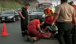 Miraflores: dos policías resultan heridos tras caer de moto