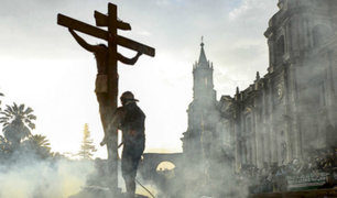 Arequipa: cientos de fieles escenificaron crucifixión de Jesús