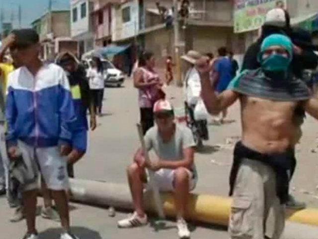 VES: Policía desaloja a invasores de la zona de Oasis