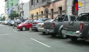 Cercado de Lima: jr. Paraguay se ha convertido en un depósito de vehículos