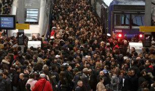 Francia: miles afectados tras huelga de operadores de ferrocarriles