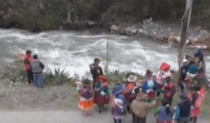 Huaraz: Policía intensifica búsqueda de escolar que cayó al río Auqui