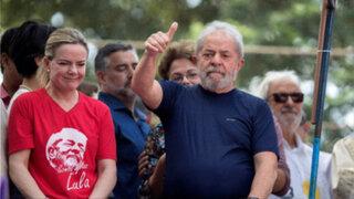 Brasil: Lula se entregó y pasará 12 años de prisión