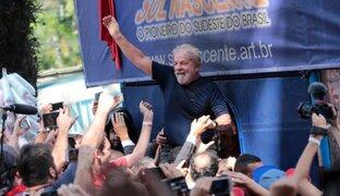 Brasil: expresidente Lula se entregó a las autoridades para cumplir condena