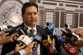"""Daniel Salaverry: """"El Congreso no puede dar la espalda a la mayoría que pide reférendum"""""""