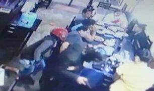 Moyobamba: cámara capta violento asalto en chifa