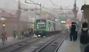 Pasajeros quedan atrapados en Metro tras explosión de cables de alta tensión