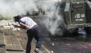 Chile: jóvenes marchan por el fin de lucro en la educación