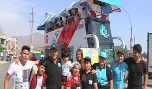El bus cevichero recorre la ciudad