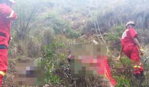 Camioneta cae en abismo de 300 metros en Huanta