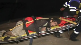 Rescatan a hombre que cayó y quedó atrapado en acantilado de Barranco