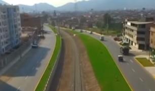 Vecinos de El Agustino bloquean avenida Ferrocarril como medida de protesta