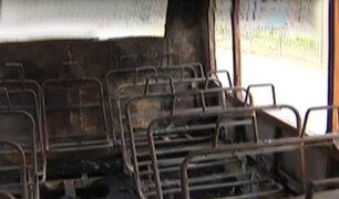Independencia: descartan que incendio en bus fue por un corto circuito