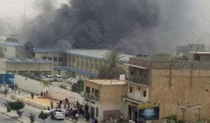 Libia: atentado suicida dejó al menos 13 muertos