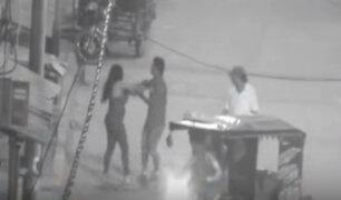 Tumbes: cámara capta agresión a mujer por parte de su pareja en plena calle