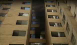 Jesús María: incendió afectó edificio multifamiliar en av. Brasil