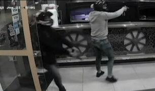 San Martín de Porres: delincuentes asaltan pollería y a comensales