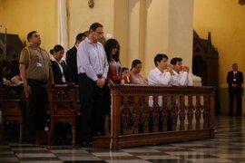Presidente Martín Vizcarra asistió a misa por el Día de la Madre