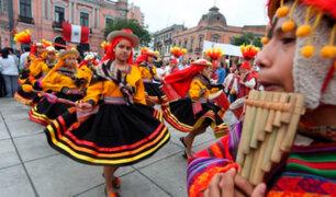 Congreso aprueba por unanimidad incorporar el folklore en la enseñanza escolar