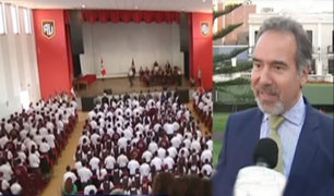 Congresista busca acuerdo para implementar el quechua en los colegios