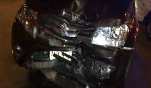 Lince: violento choque de vehículos deja un herido en Av. Arenales